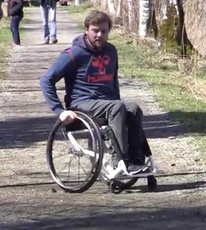 Im Rollstuhl über die Alpen