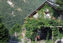 Rustico-Steinhaus im Tessin