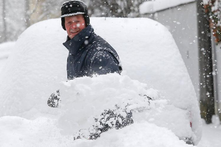 Wählen Sie die richtige Schneeschaufel aus