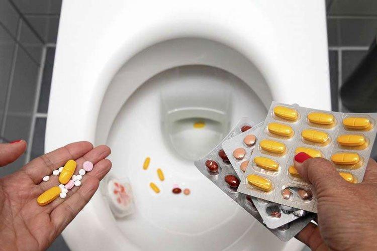 Medikamente werden nicht in der Toilette entsorgt