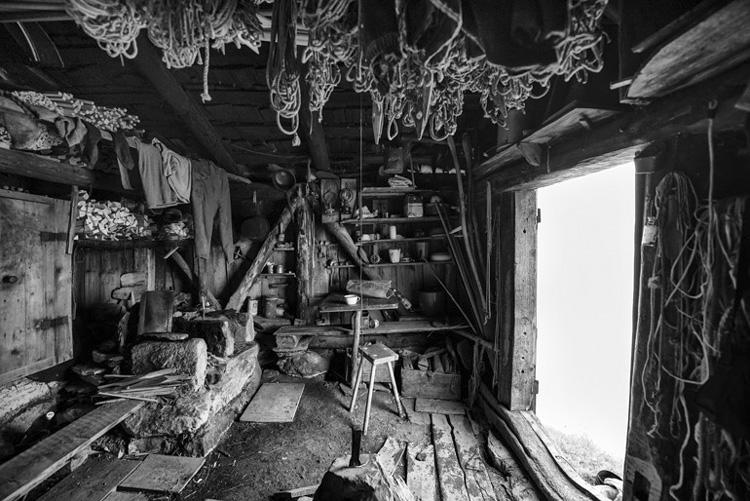 Muotathaler Wildiheuerhütte am Heubrig