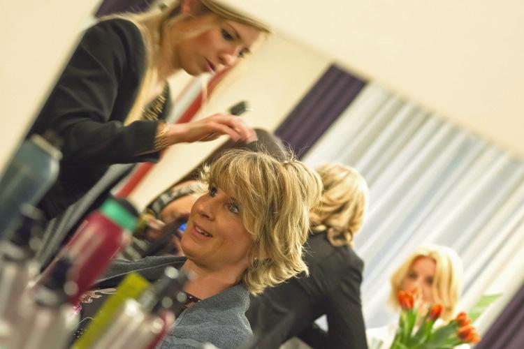 Ladies-Night Hairstyling