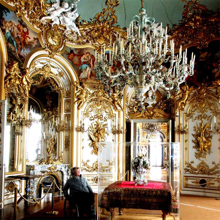 Meissner Kronleuchter im Schloss Herrenchiemsee