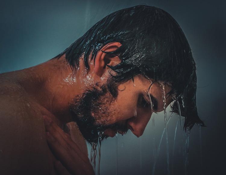 Trockene Haut durch heisses Duschen