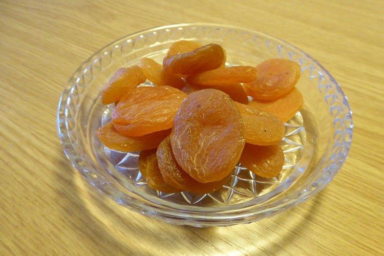 Gesund ernährt mit getrockneten Aprikosen