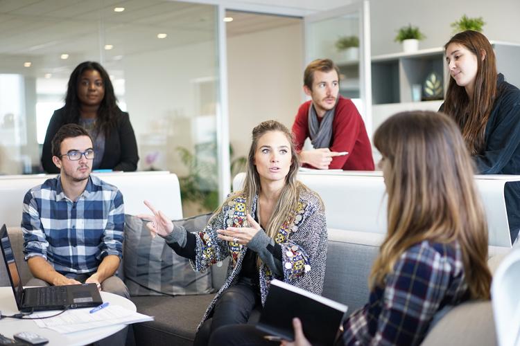 Stressprävention: Führungsstil im Team
