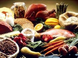 Verschiedene basische Lebensmittel im Überblick