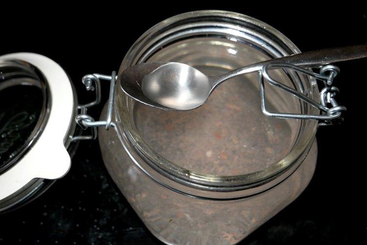 Teelöffel Salz für den Morgen