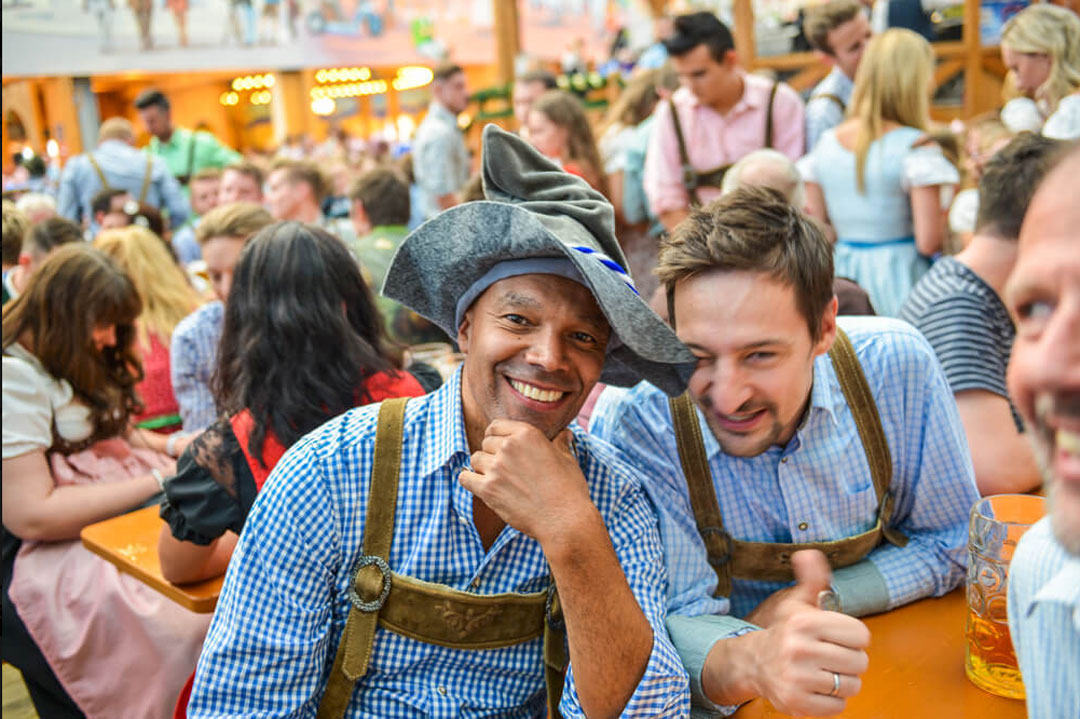 Internationale Gäste am Oktoberfest