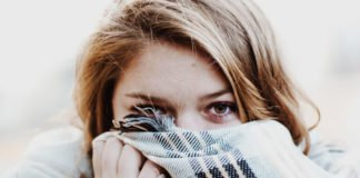 Neurodermitis verstecken