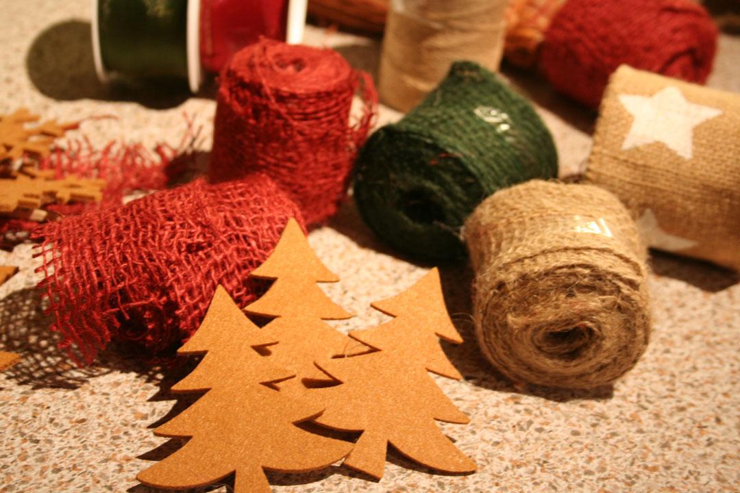 Dekomaterial für Weihnachstdekoration