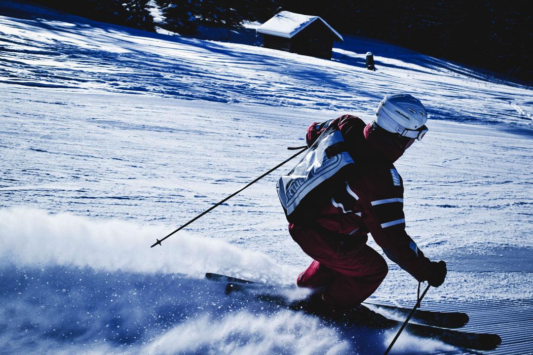 Skifahrer brauchen eine gute Ausrüstung