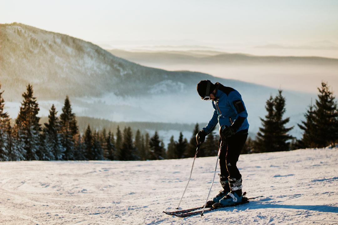 Skifahren in jedem alter tipps für wiedereinsteiger und