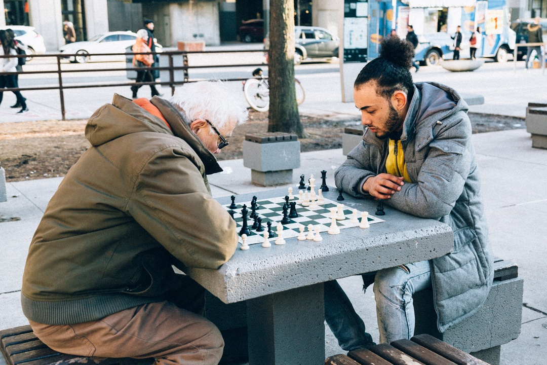 Beim Schachspiel basieren die Strategien oft auf Gewohnheiten