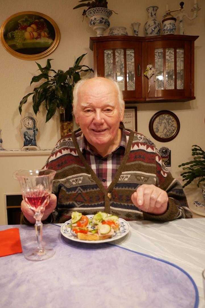 Gesunde Lebensweise und fast immer ein Lächeln auf den Lippen. Eine gute Voraussetzung, um auch mit 95 Jahren noch körperlich und geistig fit zu sein.