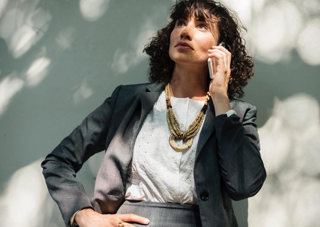 Geschäftsfrau businesslike gekleidet
