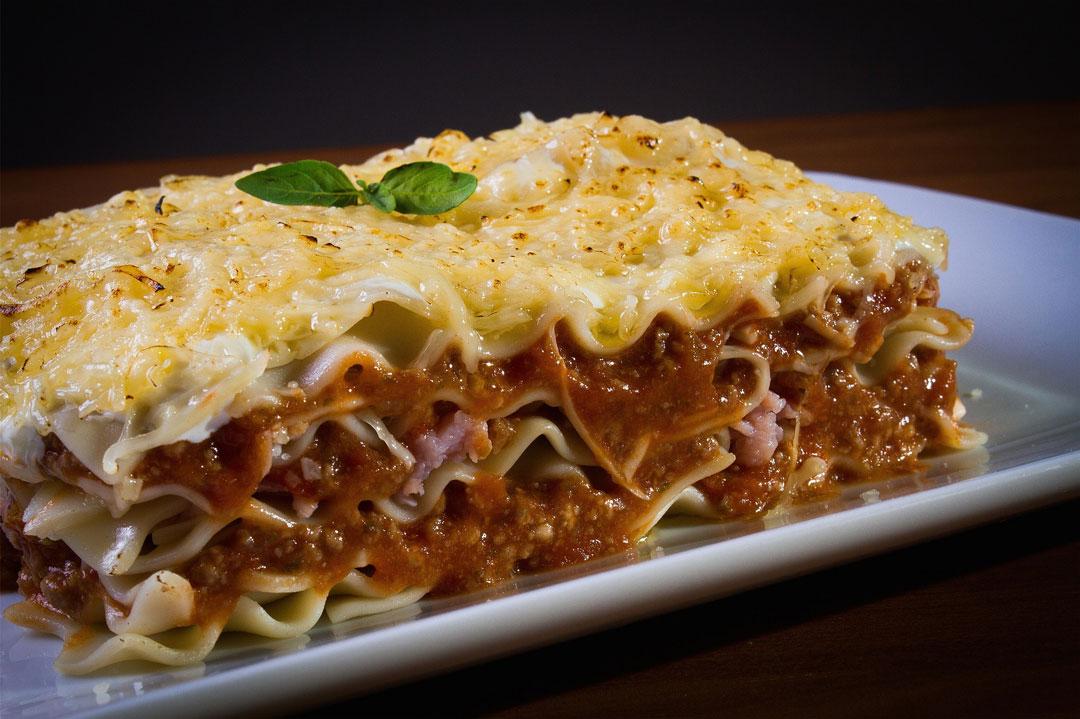 Lasagne auf dem Teller
