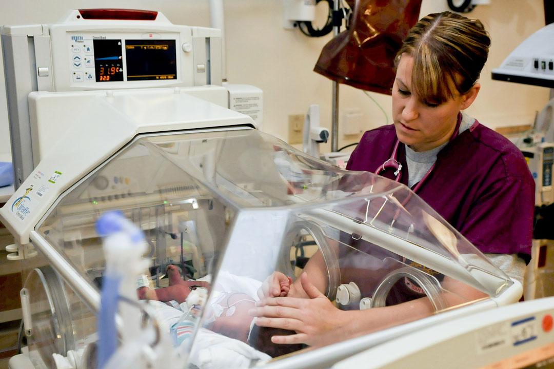 Arbeitskleider in der Krankenpflege sind vorgeschrieben.