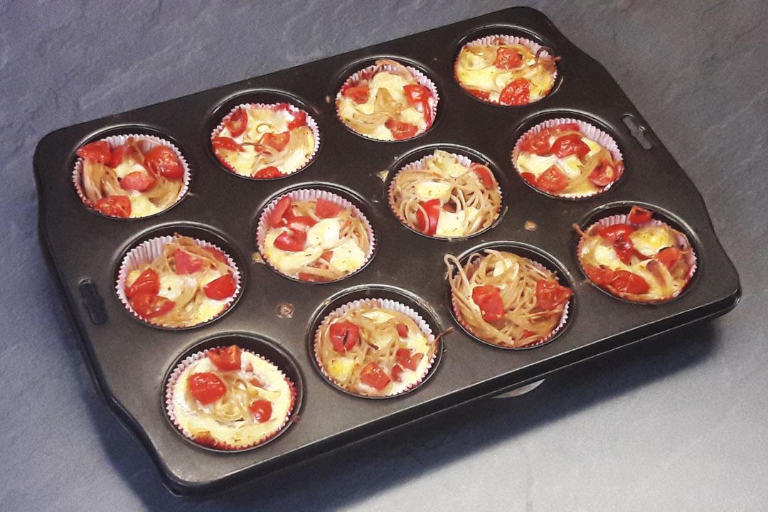 Spaghetti-Muffins in Backform