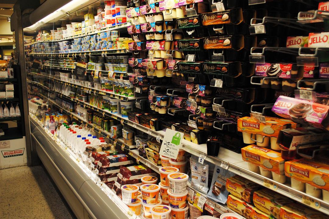 In vielen Nahrungsmitteln und Kühlprodukten sind künstliche Zusatzstoffe enthalten.