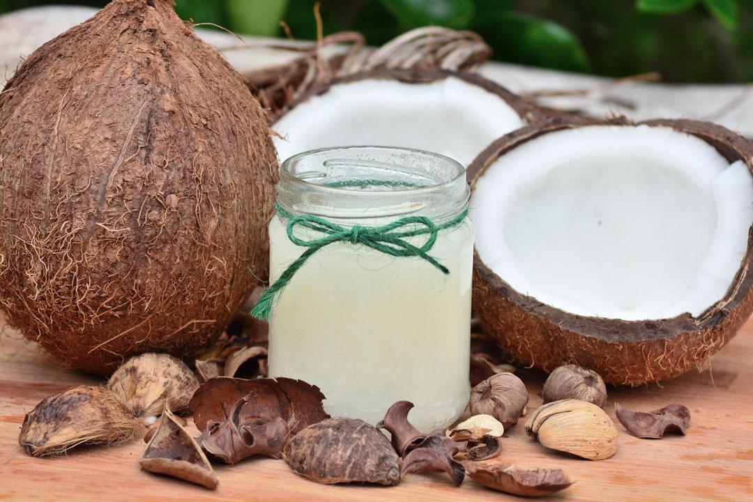 Schönheit und Anti-Aging mit Kokosöl