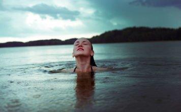 Die 10 besten Schönheits- und Anti-Aging-Tipps, die natürlich und effektiv sind