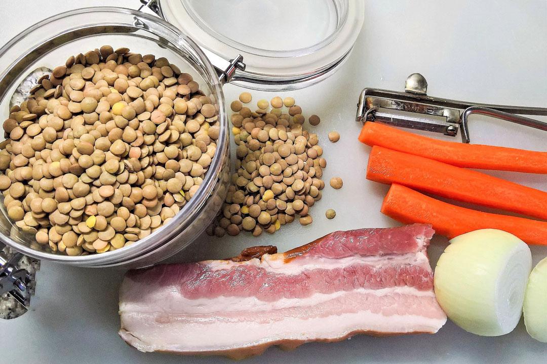 Zubereitung eines Linsengerichts