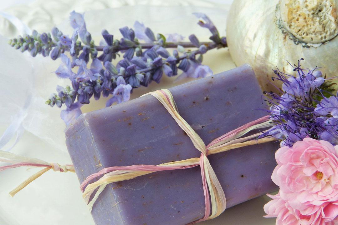 Seife aus Lavendel für das Bad