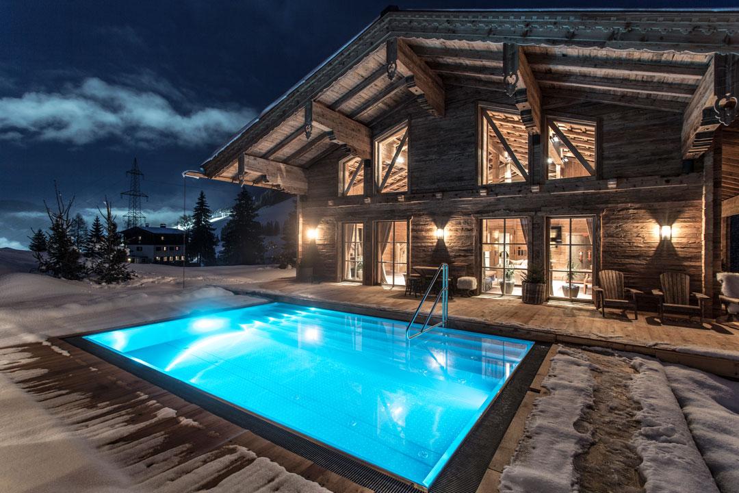 Das Luxuschalet bietet auf 370 Quadratmetern Platz für bis zu zehn Personen.