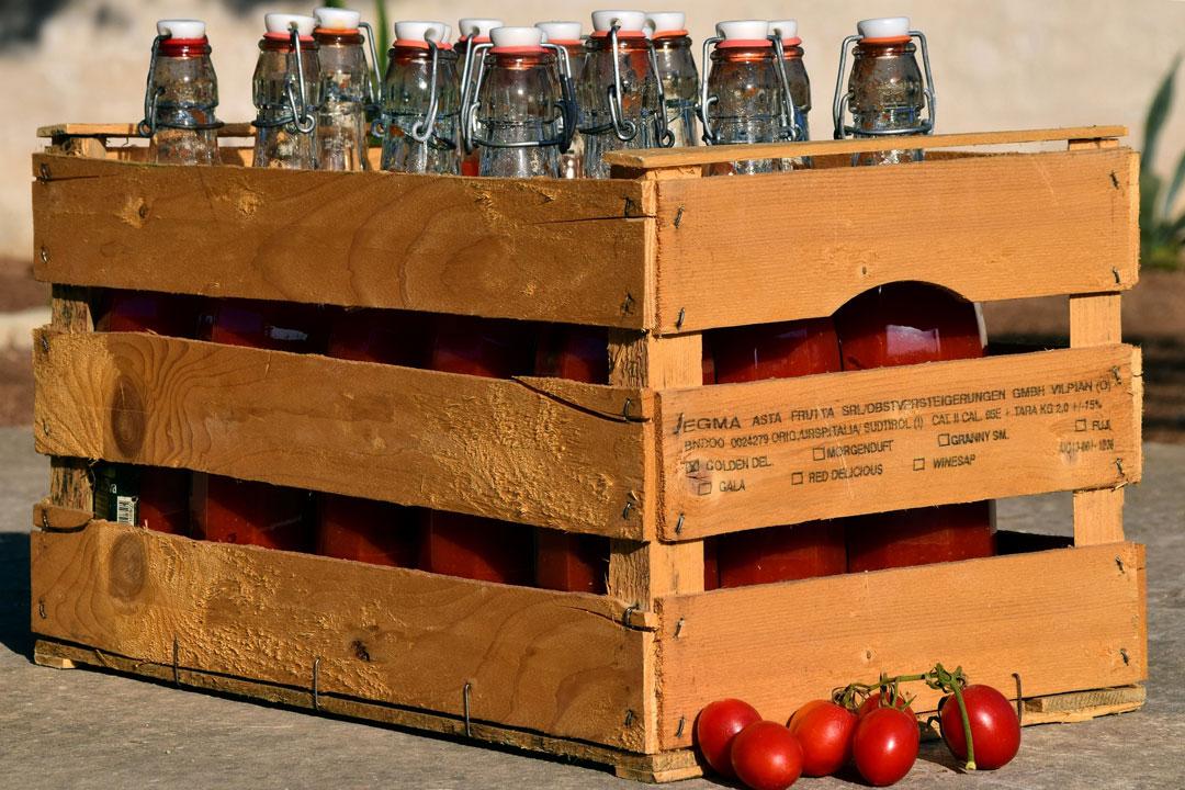 Tomatenpüree für die Vorratskammer