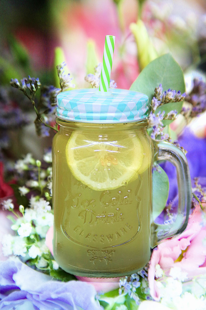 Die Zitrone schmeckt zwar sauer wird aber basisch verstoffwechselt.