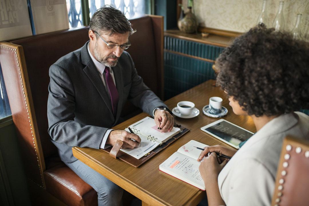 Gerade bei jungen Mitarbeitern steht Vereinbarkeit von Beruf und Familie häufig im Vordergrund.