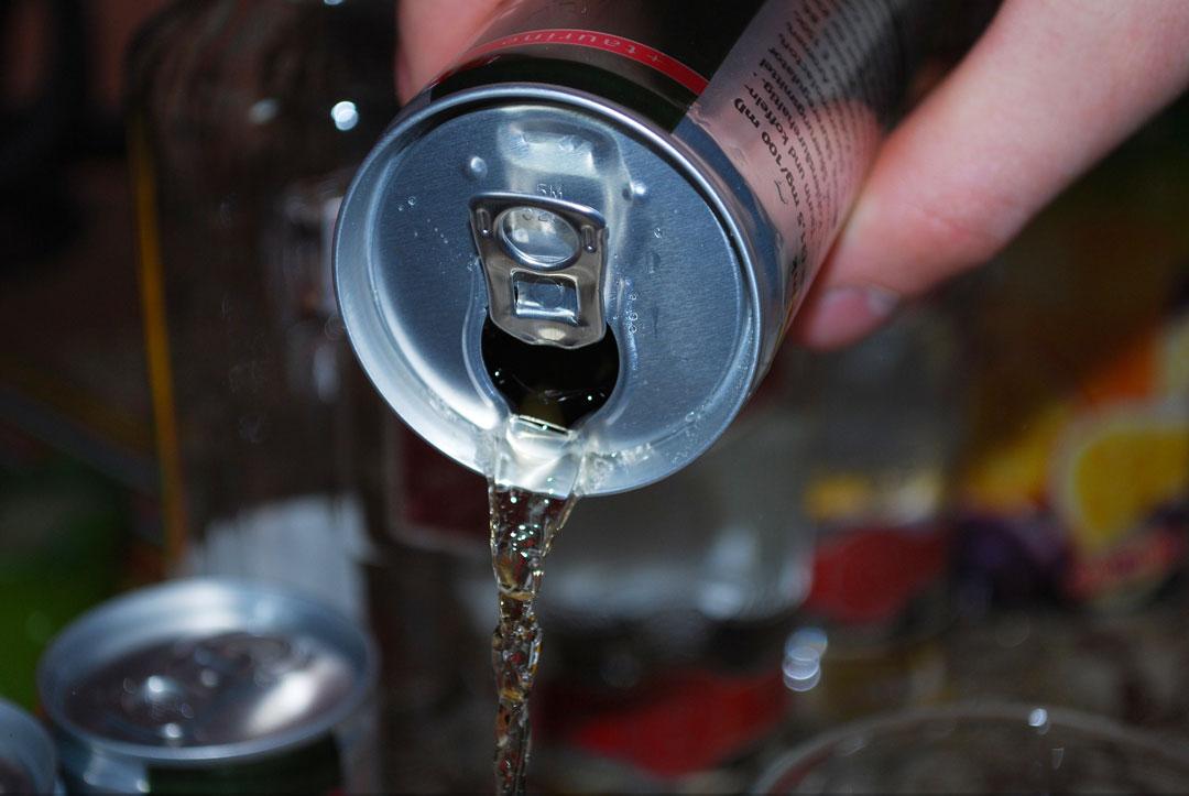 Heutzutage gehören zuckerhaltige Getränke bei jeder Party dazu.