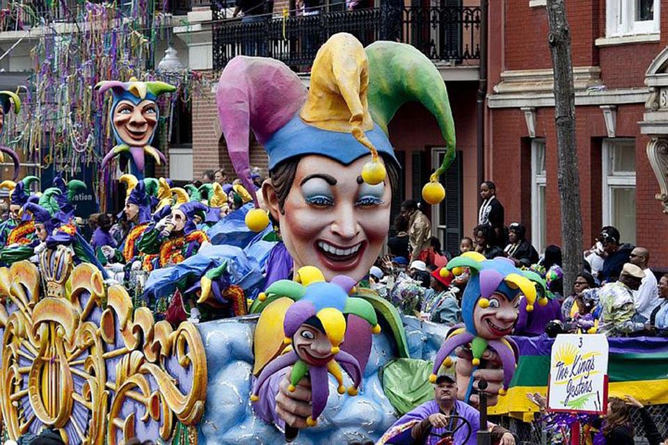 Wer kein Freund von Freizügigkeit ist, sollte an «Mardi Gras» (Faschingsdienstag) einen Bogen um die Stadt im amerikanischen Louisiana machen.
