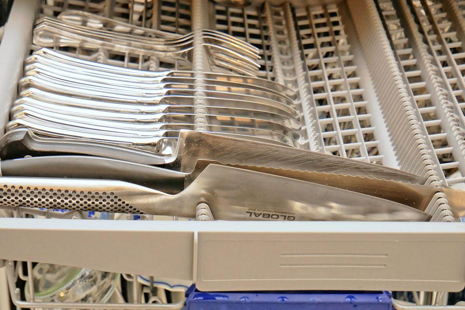 Hochwertige Messer in der Spühlmaschine