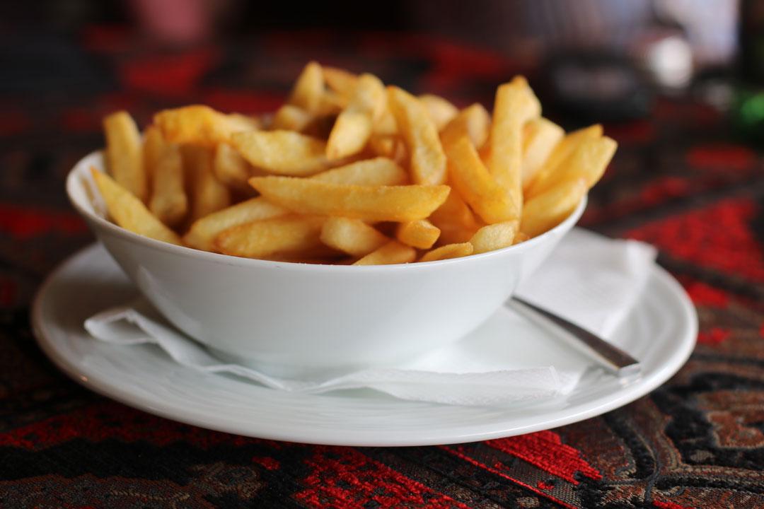 Selber zubereitete Pommes frites