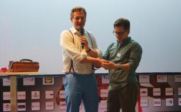 Dr. Eckart von Hitrschhausen und Frirt Grünewalt auf der Bühne