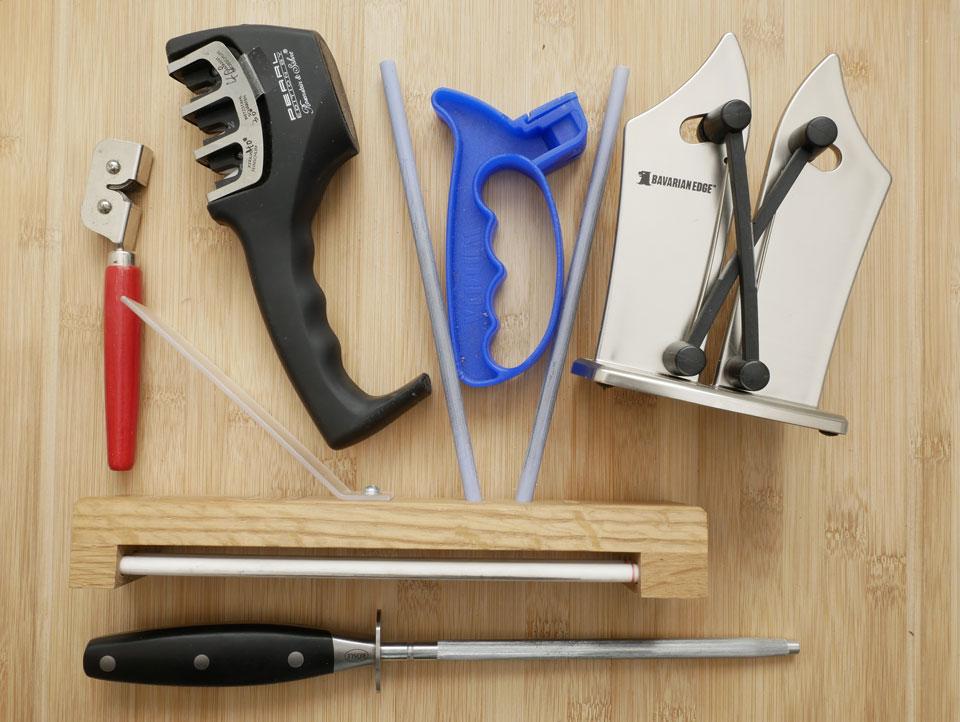 Verschiedene Werkzeuge zum Messer schärfen