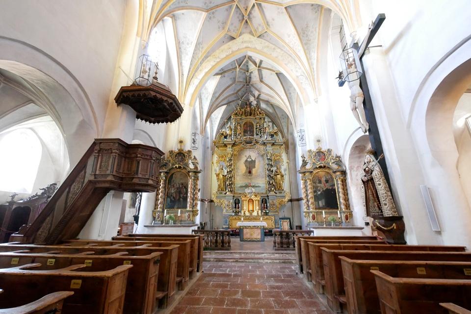 Blick in die Münsterkirche Frauenchiemsee