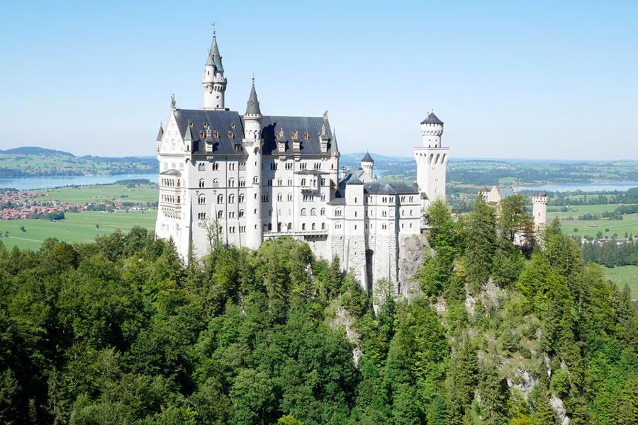 Aufnahme vom Schloss Neuschwanstein von oven