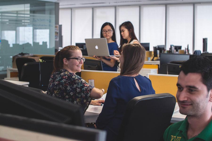 Ein motiviertes Team im Büro entsteht durch gute Führung